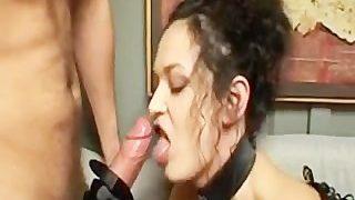 Długi seks z czarnowłosymi gwiazdami porno