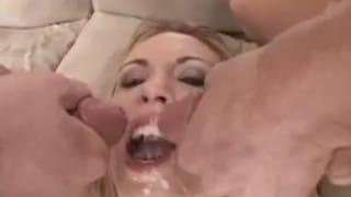 Śliczne buźki zalewane spermą